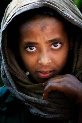 Eine junge Frau in der Provinz Nord-Shoa. Armut und Krankheit haben ihr Gesicht gezeichnet.